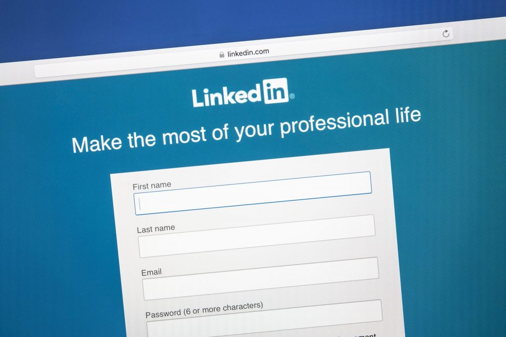 Is LinkedIn suitable for therapists